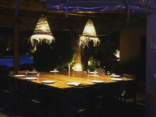 cuisine_terrasse_ete_yucca_villa_corse (3)