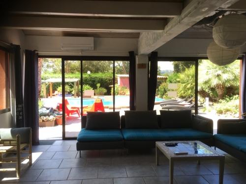 yucca_villa_crorse_interieurs (4)